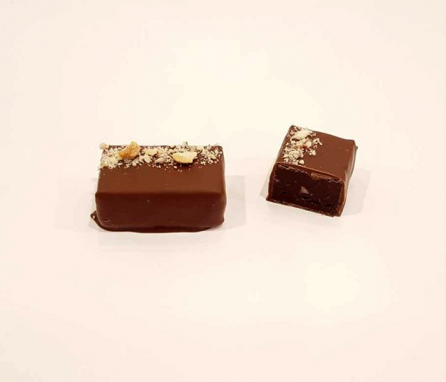 Chocolate Nut Praline Truffle New